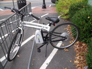 BionX motor assisted bike parked in front of Herndon's Great Harvest Bakery