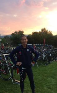 It was a glorious morning for racing at the Sprint DUathlon World Championships. Doug Landau places his bike in the racks, noting his spot on his hand so as not to forget in the heat of the race !